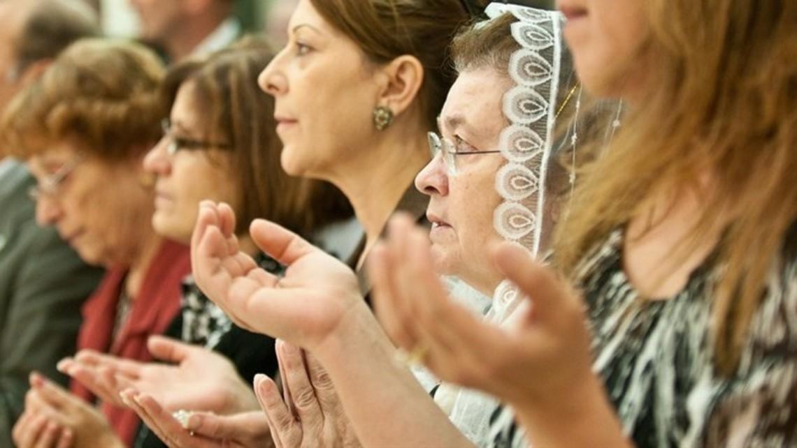 Orans Prayer Position
